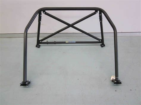 a toyota 86 4pt half cage bolt in agi roll cages