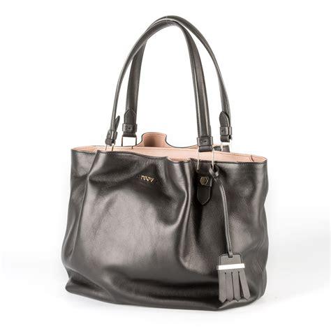 tod s tod s black leather shoulder bag in black nero lyst