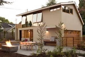 Garage Apts Brilliant Garage Apartment Maximizes Space With Custom
