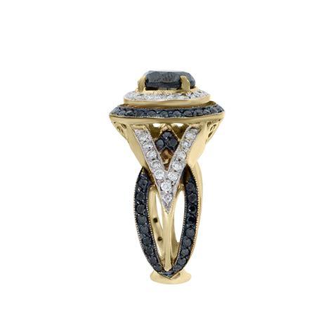 14k yellow gold 2 86ct black white cocktail ring