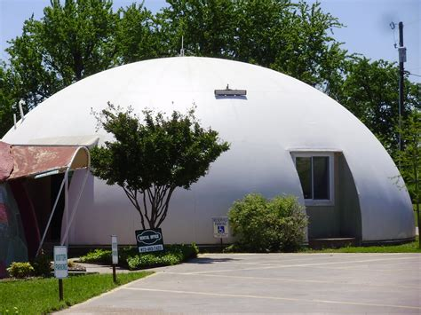 dome home life at 55 mph monolithic dome institute in italy texas