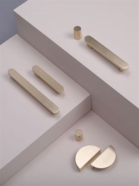Cabinet Lonch by Best 25 Drawer Knobs Ideas On Glass