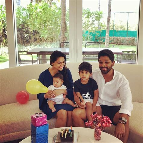 new family allu arjun family photos stylish bunny sneha