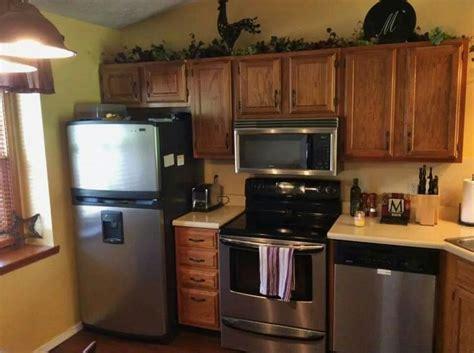small but stylish kitchens pinterest cute small kitchen neat kitchen and dining ideas