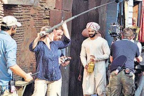film queen and abdul spotted ali fazal shoots for victoria and abdul in agra