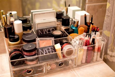 Bathroom Caddy Ideas by 23 Tremendous Makeup Organizer Ideas Slodive