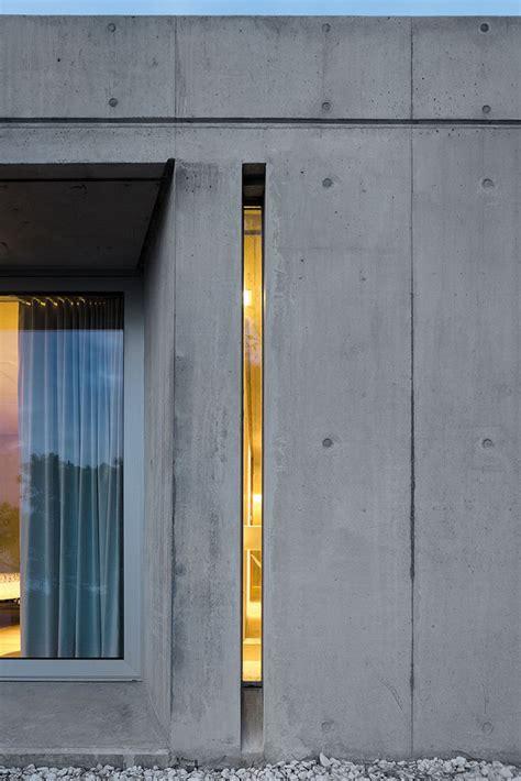 Narrow Windows Ideas Window Style Ideas Narrow Vertical Windows Contemporist
