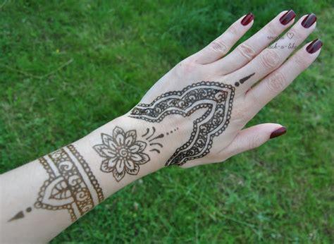 wo kann man henna tattoo machen lassen wien henna muster einfach makedes