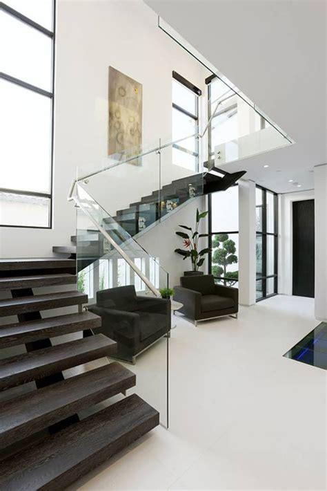 Modern Glass Stairs Design 20 Modern Glass Stair Railing Ideas Home Design And Interior