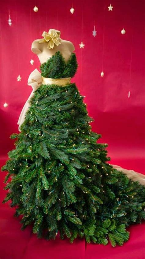look at these hideous christmas trees designed by inspirations pour no 235 l des sapins 171 haute couture