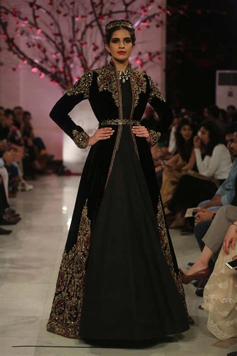 Whats New This Week At Style Couture In The City Fashion by Rohit Bal Couture Collection 2016 Is Inspired By Opulence