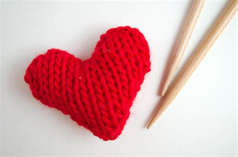 knitted heart pattern uk free pattern knitted hearts the blog us uk