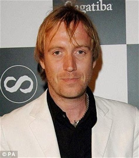 actor who played xenophilius lovegood yonolodigo i is for rhys ifans