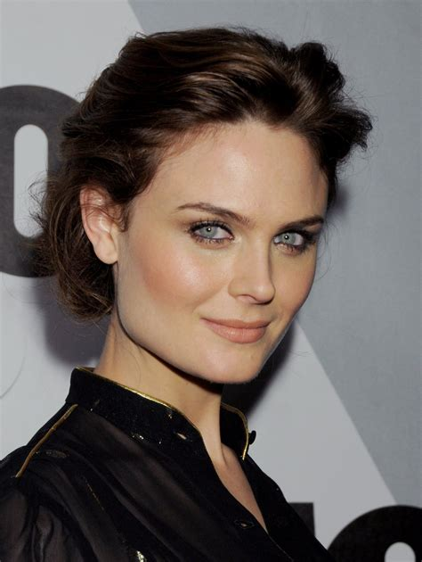 Emily Deschanel Is by Fashion Emily Deschanel Wallpapers 1103