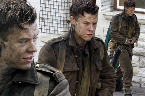code film dunkirk harry styles covered in muck as he films scenes for