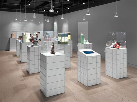 Display Methods Ceramics - 187 exhibition at spritmuseum by form us with