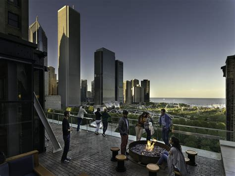 roof top bars in chicago chicago athletic association hotel 468 photos 234