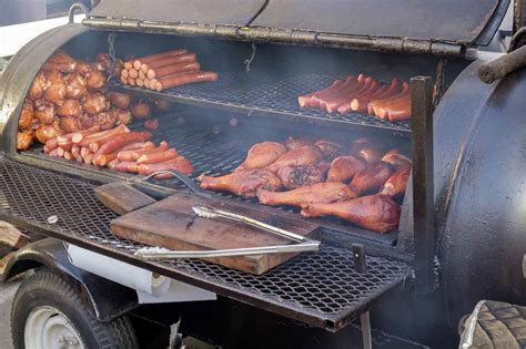 tips  choose bbq grills  smokers   home