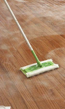 how to clean laminate floors less water is best