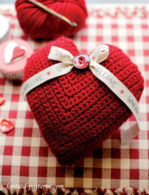 pattern for heart shaped lavender bags crochet lavender heart sachet free pattern free knitting