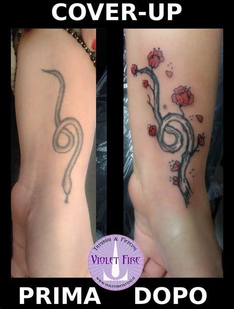 fiore ciliegio tatuaggio cover up serpente tatuaggio ramo con fiori tatuaggio