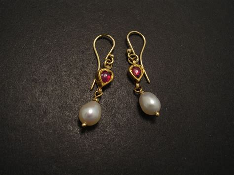 20ct gold ruby earrings with pearl christopher