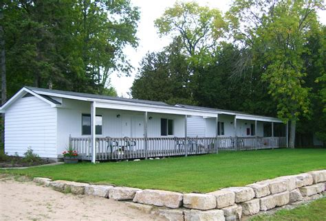Door County Condo Rentals by Door County Evergreen Beachside Vacation Rentals Ephraim