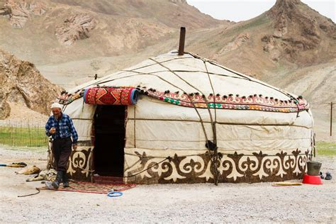 why is it called a green room what is a yurt and why do it