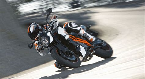 Ktm 990 Duke Review 2012 Ktm 990 Duke R Picture 436483 Motorcycle
