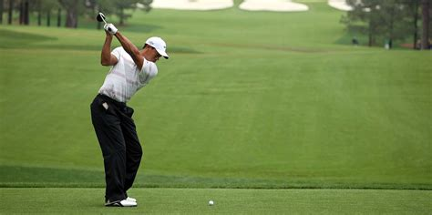 tiger woods old swing gif shows how tiger woods swing has evolved since he was