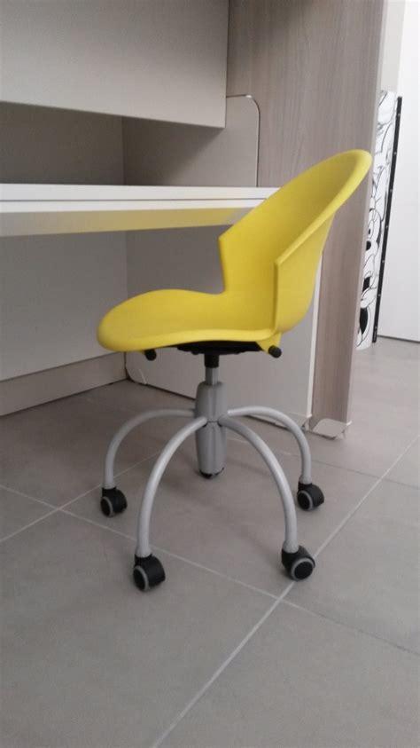 sedie per ragazzi sedia colorata con ruote da cameretta 40 sedie a
