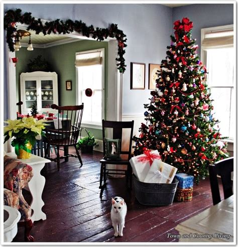 farmhouse style christmas decor traditional dining room