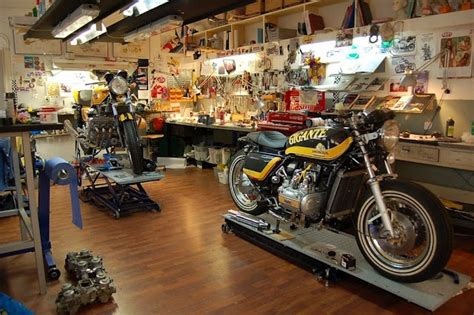 garage workshop perfect for motorcycle storage and still 13301478e6f27430ae8d049aee19d849 jpg 640 215 426 pixels