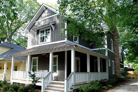 craftsman home with board and batten siding craftsman board and batten gable exterior craftsman with wood siding