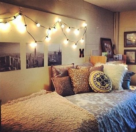 black bedroom ideas pinterest chambre cozy 10 items indispensables le cahier