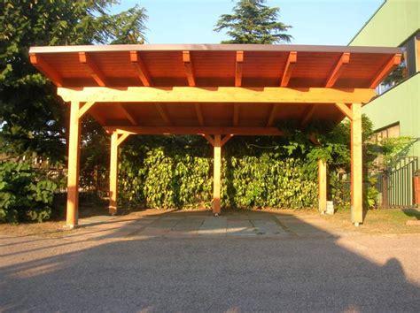 tettoia legno lamellare struttura tettoia in legno lamellare 2 posti a