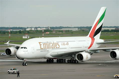 emirates airlines fly emirates airlines www pixshark com images
