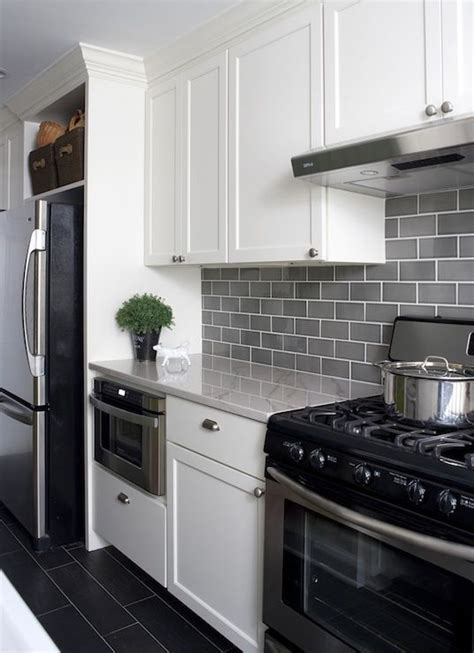 gray kitchen backsplash 25 best ideas about subway tile backsplash on pinterest