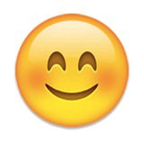 f stop hydration sleeve101010101010101010101010100 05 running a half marathon as told by emojis run selfie