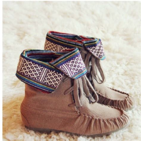 tribal pattern boots shoes comfy tribal pattern aztec moccasins wheretoget