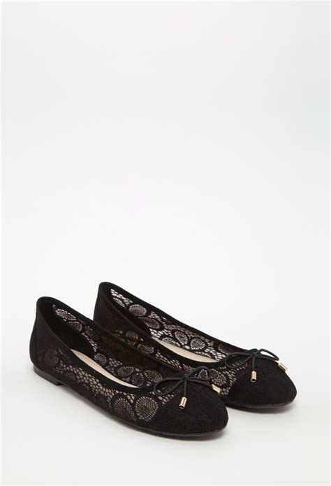 forever 21 flat shoes lyst forever 21 floral lace ballet flats in black