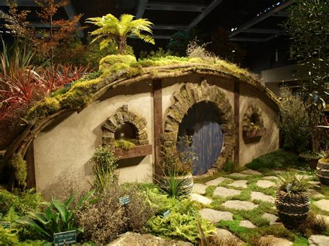 arboretum display wins  top awards   garden show