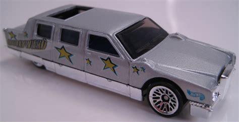 Hotwheels Limozeen 1998 Hitam Turbo Taxi Series limozeen grey show biz 5 pack car 1999