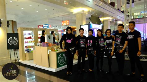 Make Up Shop Indonesia jff 2015 ultimate how big you fashion pieces of stories