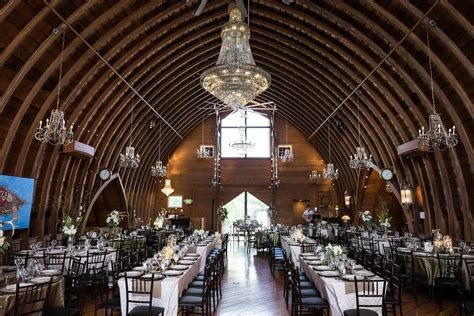 Barn Weddings: Nicole & Kyle   Green Acres Event Center