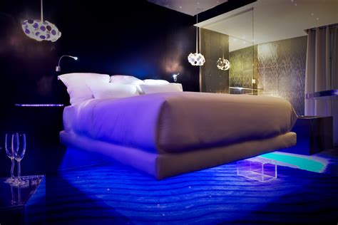 coolest bedrooms in the world technology am 187 blog archive 187 world s best luxury beds