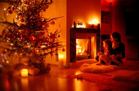 mistakes that could make your christmas tree catch fire