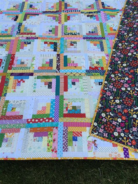 Log Cabin Quilt Pattern Gigi S Thimble Scrap Quilt Challenge My Scrappy Log