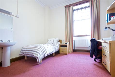 St Student Room by Burnet Student Accommodation Of St