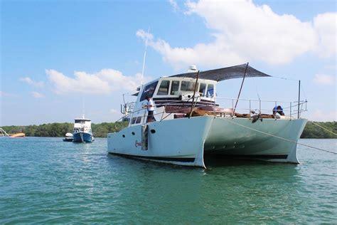charter boat bali mahalo